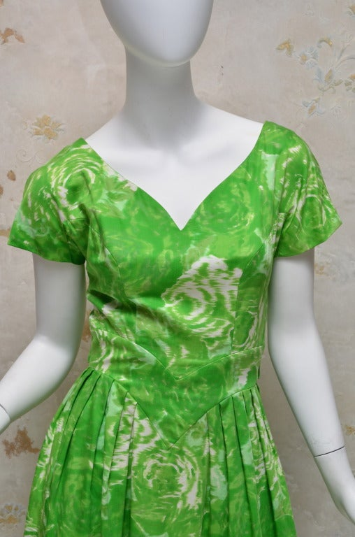 Suzy Perette New York 1950's Summer Green Cotton Floral Day Dress 4