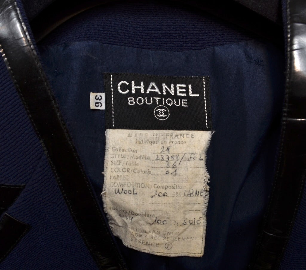 Chanel Black Vinyl Trimmed Navy Blue Jacket Sz36 Col 28 For Sale 2