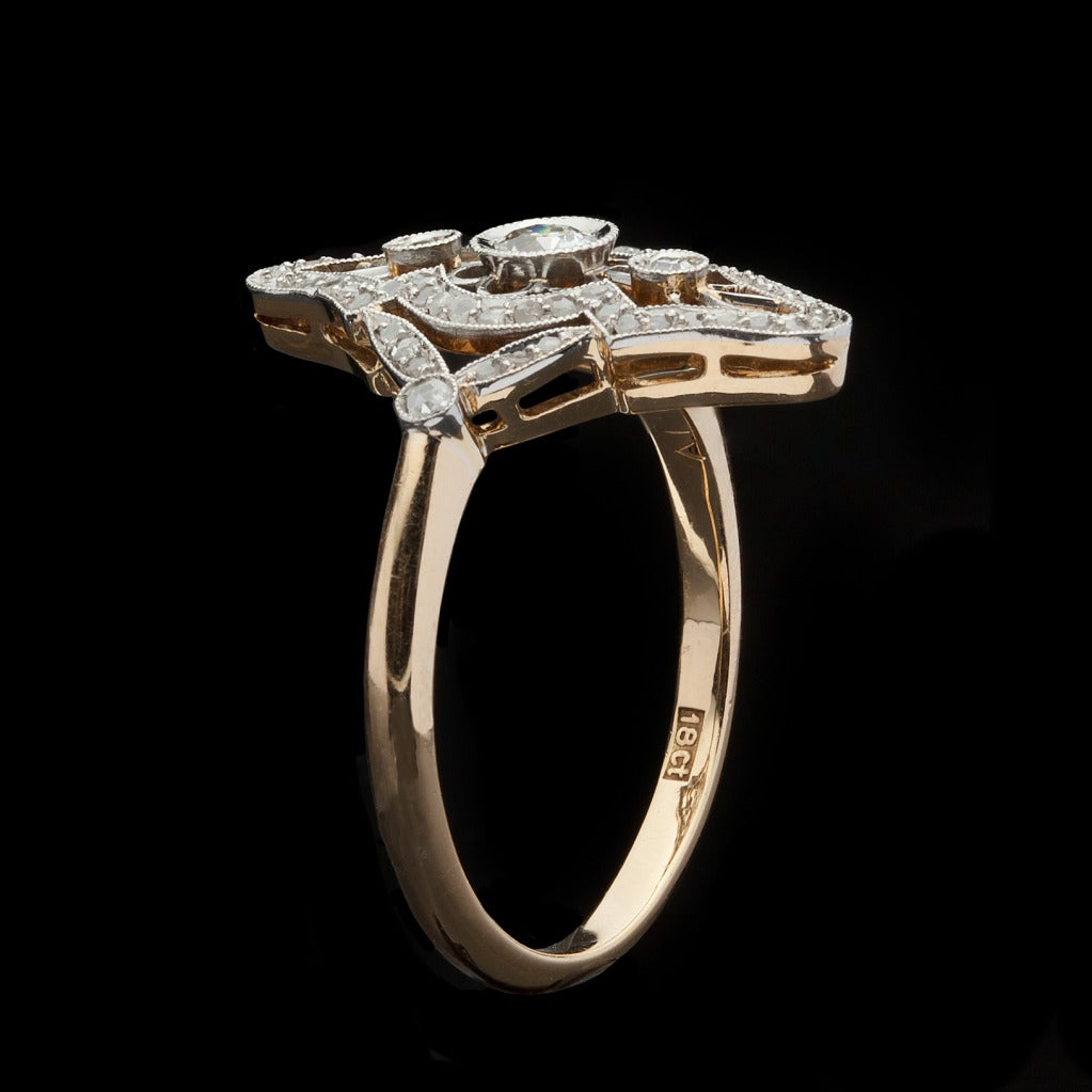 Two-Tone Diamond Ring In Excellent Condition In San Francisco, CA
