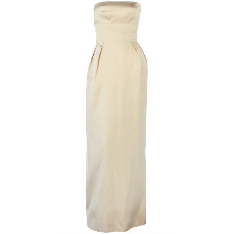 Jeanne Lanvin light yellow silk straples gown For Sale