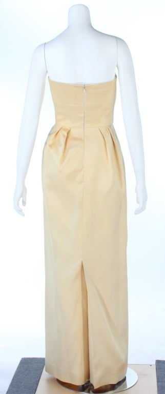 Jeanne Lanvin light yellow silk straples gown In Excellent Condition For Sale In Beverly Hills, CA