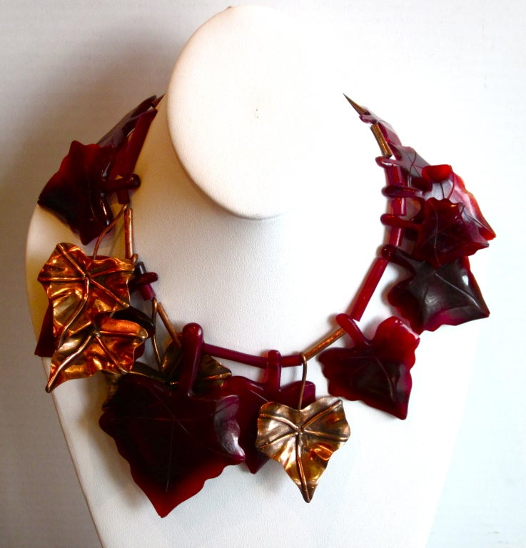 Contemporary Vintage  Gerda Lynggaard Resin and Brass Leaves necklace For Sale