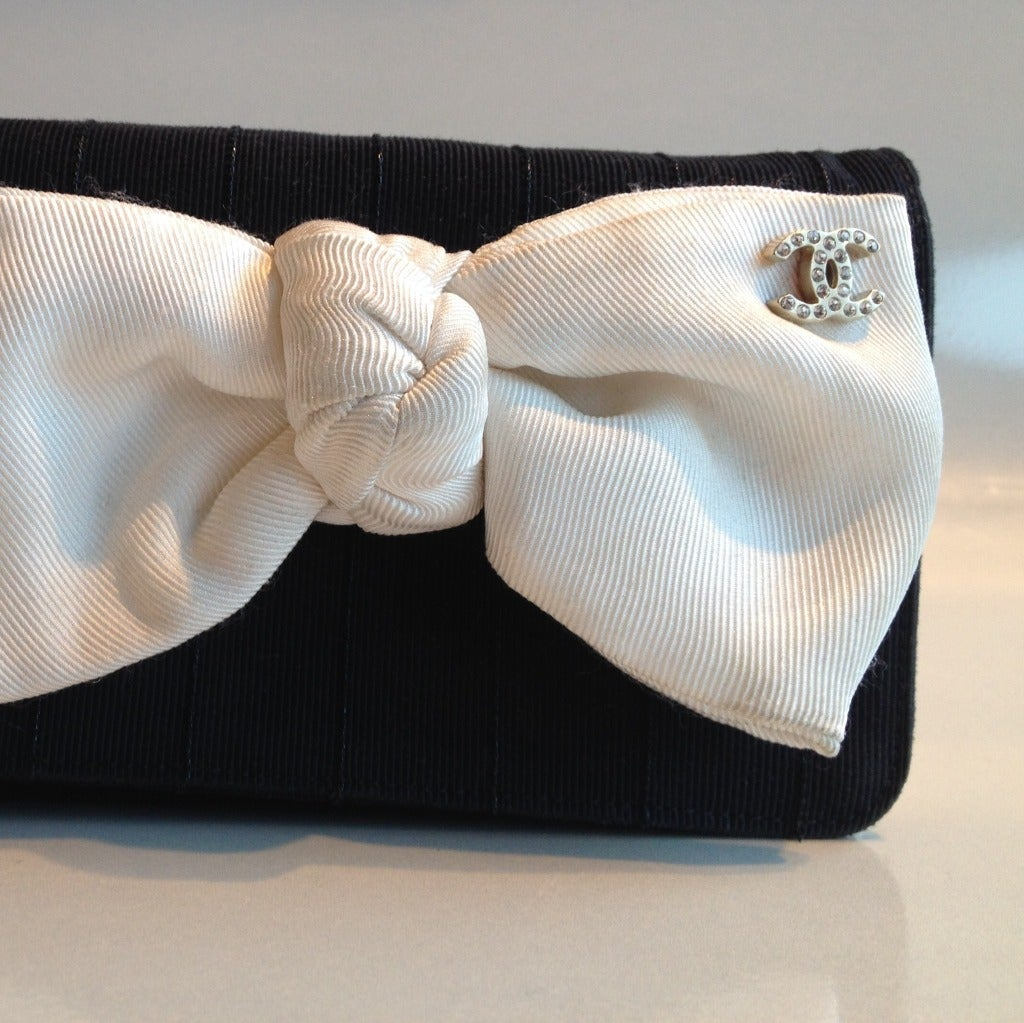 Chanel Black And White Bow Purse At 1stdibs