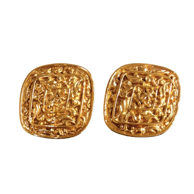 chanel gold earrings at 1stdibs