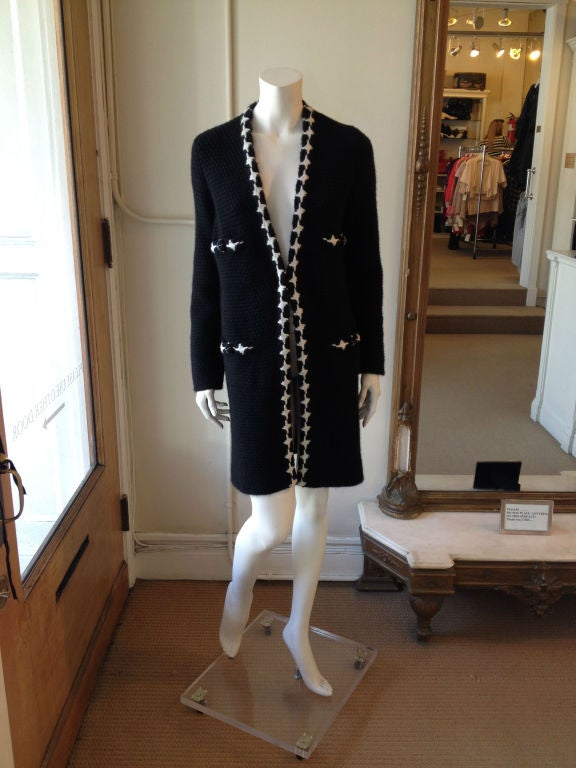 Chanel Black and White Knit Coat In Excellent Condition For Sale In San Francisco, CA