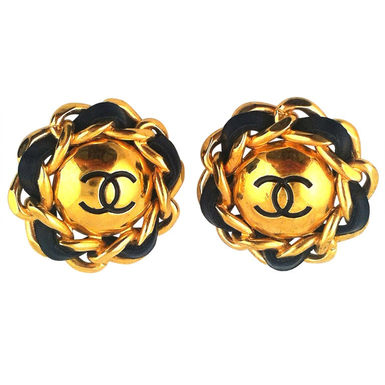 chanel chain and leather clip on earrings at 1stdibs Black and White Leopard Print Paw Print Clip Art Leopard