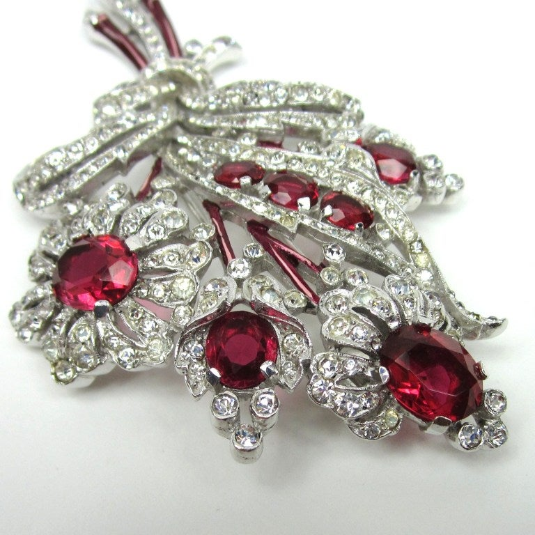 Crown Trifari Brooch 'Alfred Philippe' Ruby Quintuple Floral coat Pin Brooch  4