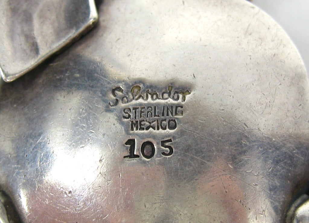 Vintage 1950s Mexican Salvador Sterling Pendant 8
