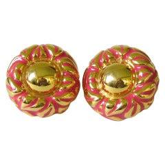 1980s Escada Button Disc Earrings Never worn