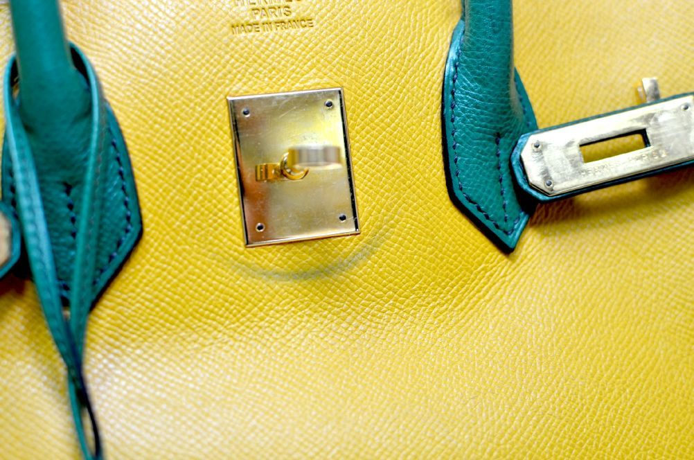 Hermes Birkin Two Tone Yellow Gold Hardware 35cm For Sale 3