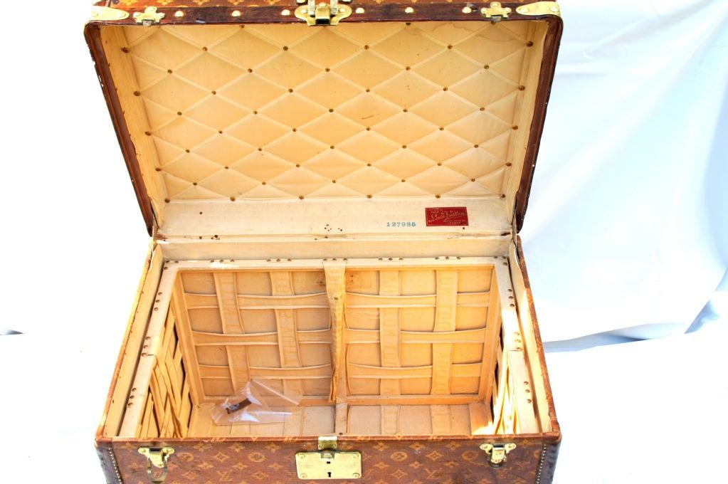 Excellent Antique Louis Vuitton Cube Hat trunk circa 1903 Side End table image 9