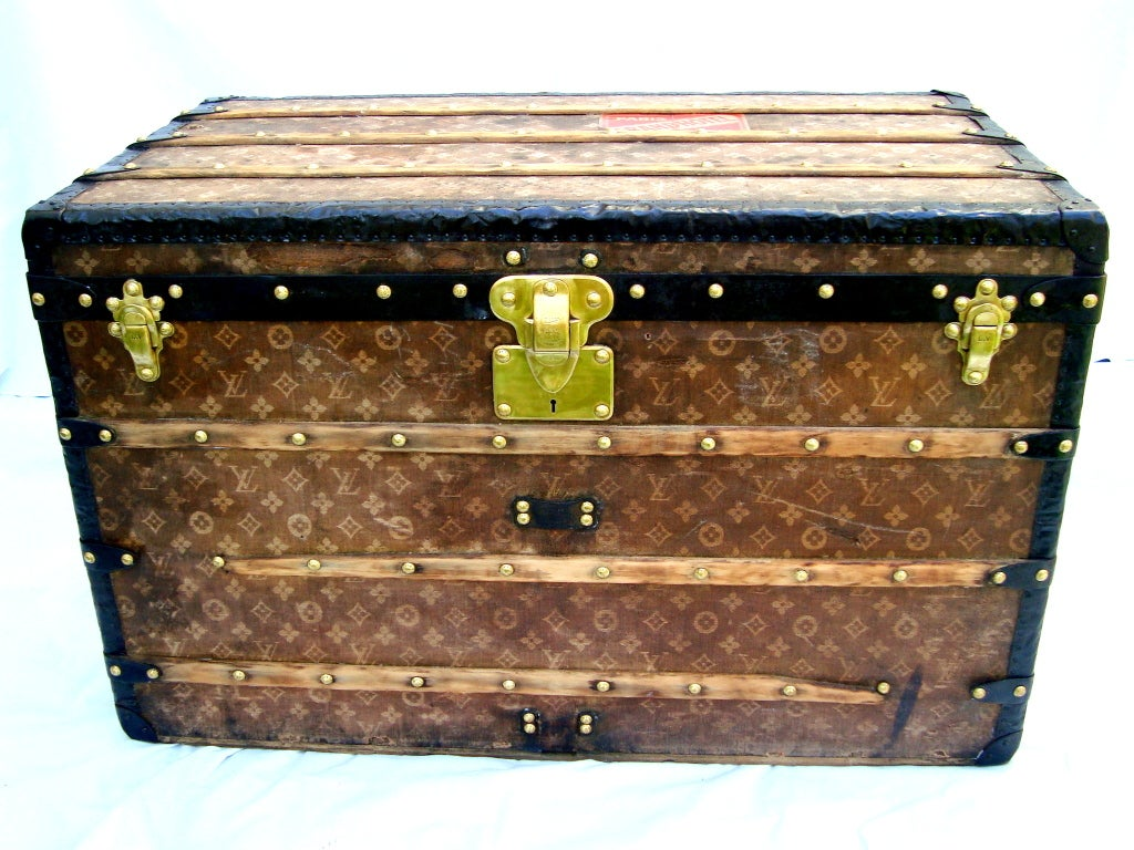 Antique Louis Vuitton Courier Steamer Trunk Circa 1906 Paris Coffee Table At 1stdibs