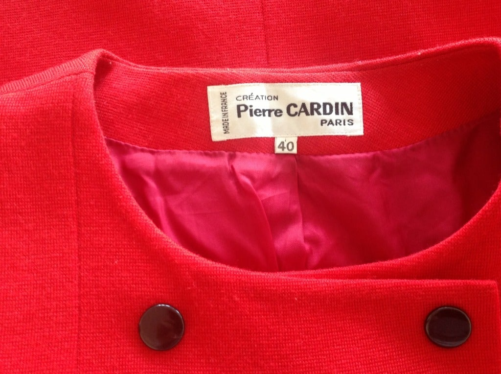 PIERRE CARDIN red jacket In Excellent Condition For Sale In Antwerp, BE