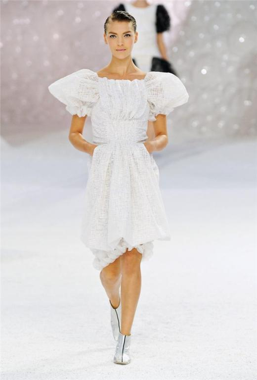 CHANEL 2012 Runway dress RARE textured tulle puff sleeve 38 NEW 7