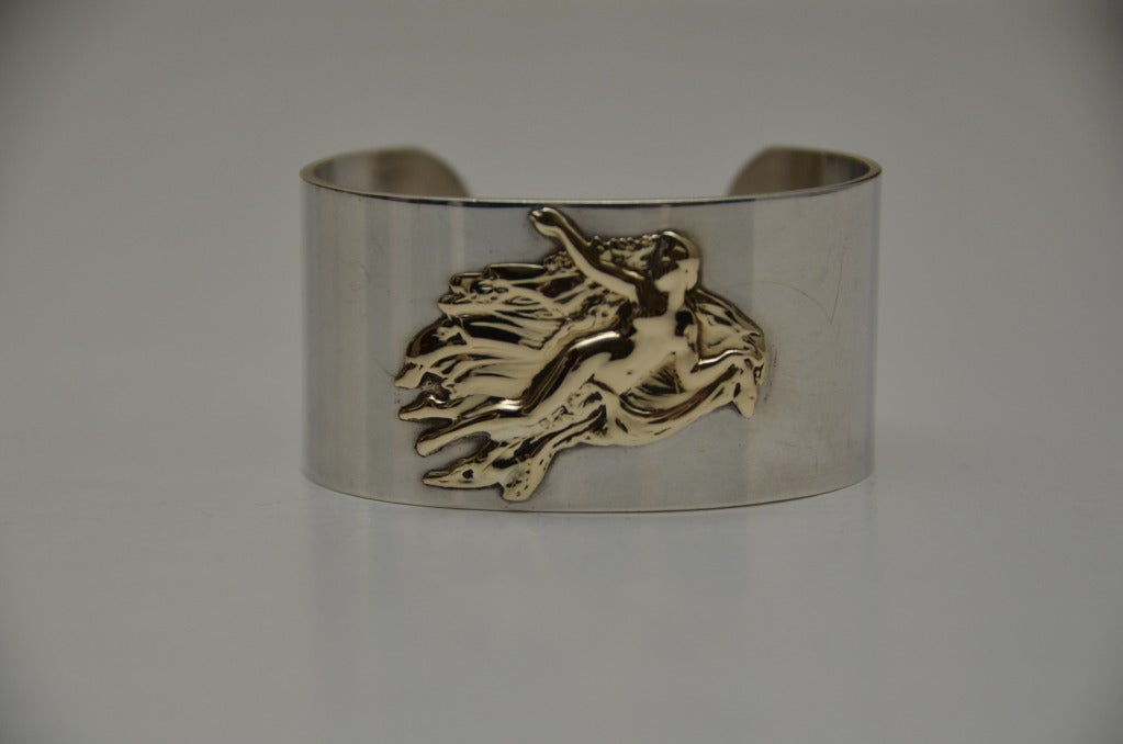 Vintage PIERRE CARDIN Cuff Sterling Silver 14K Aphrodite Bracelet In Excellent Condition For Sale In Hollywood, FL
