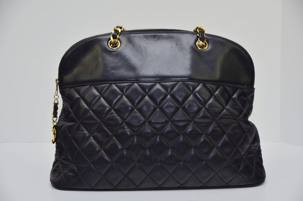 Chanel Vintage Black Lambskin Quilted Leather Large Shoulder  Handbag 3