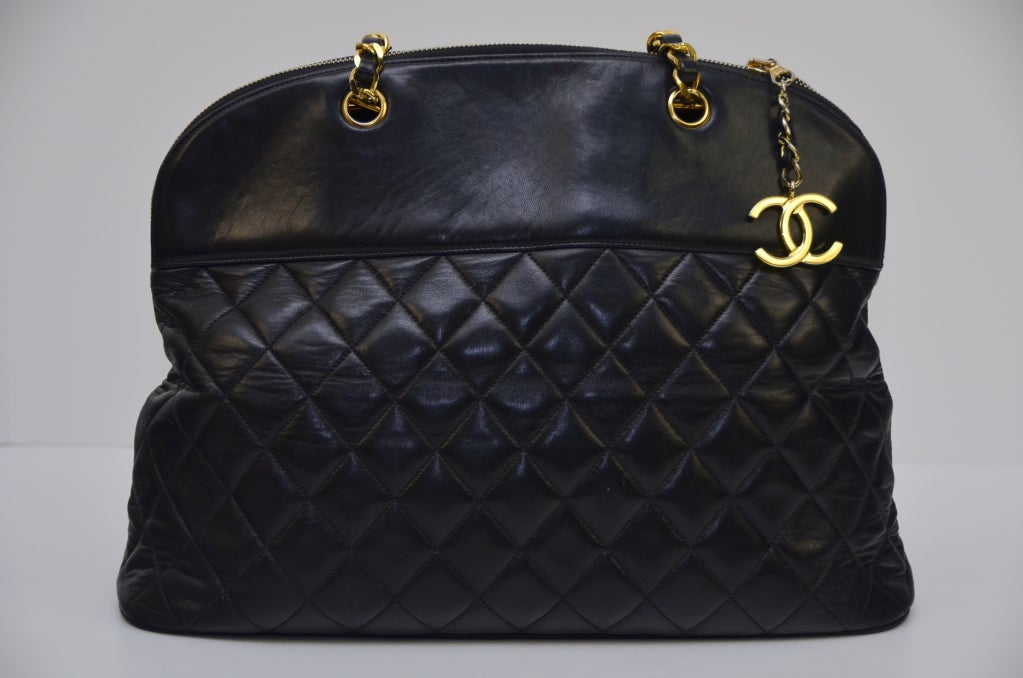Chanel Vintage Black Lambskin Quilted Leather Large Shoulder  Handbag 4