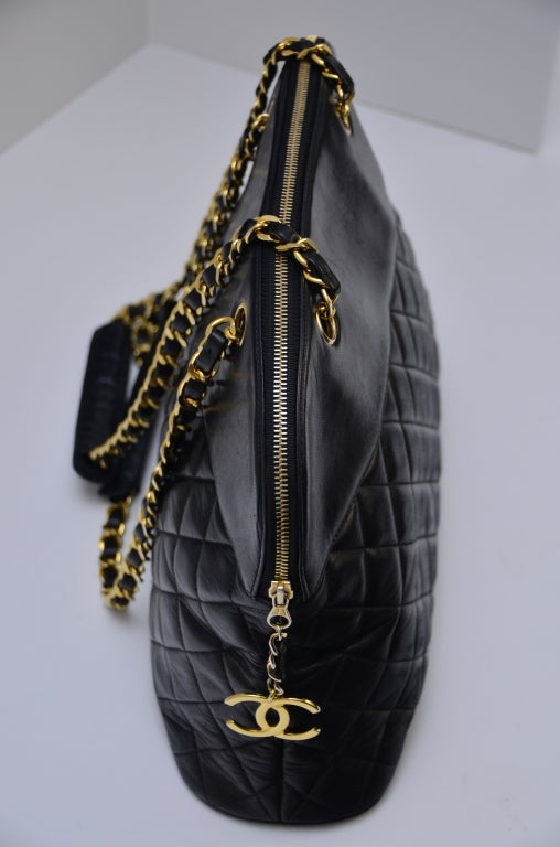 Chanel Vintage Black Lambskin Quilted Leather Large Shoulder  Handbag 6