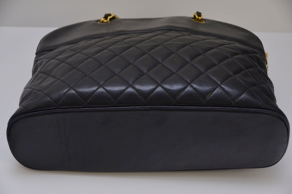 Chanel Vintage Black Lambskin Quilted Leather Large Shoulder  Handbag 7