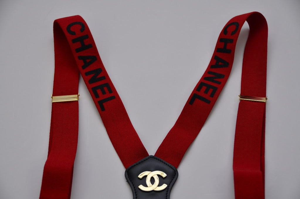 chanel suspenders. chanel extremly rare vintage suspenders red new 3
