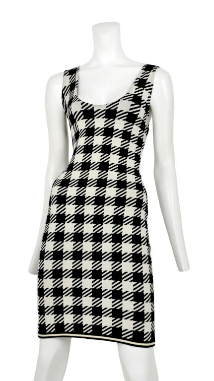 Black & white oversize houndstooth print dress in stretch viscose.