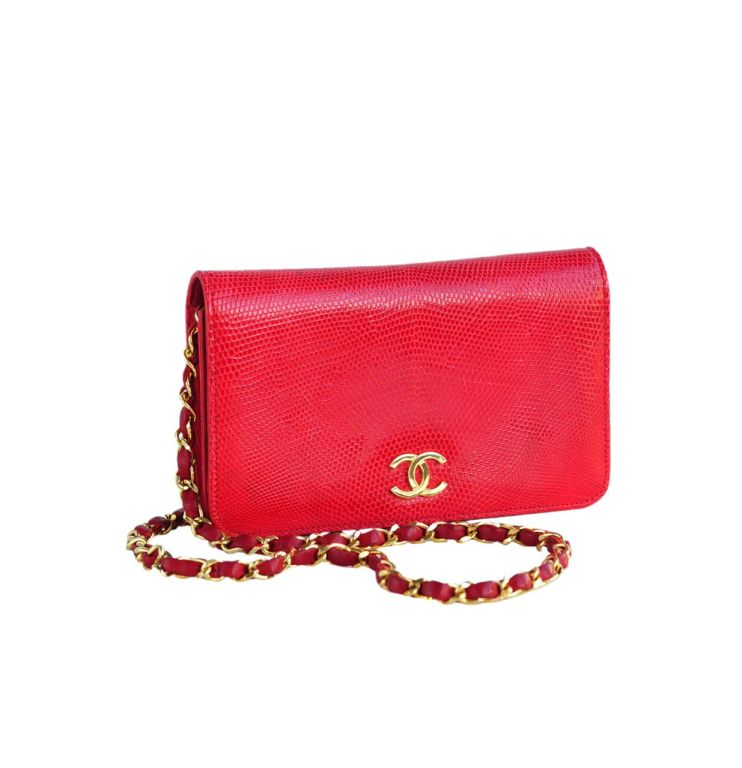 Red Lizard single flap bag with gold CC and leather and chain strap. c.1980's