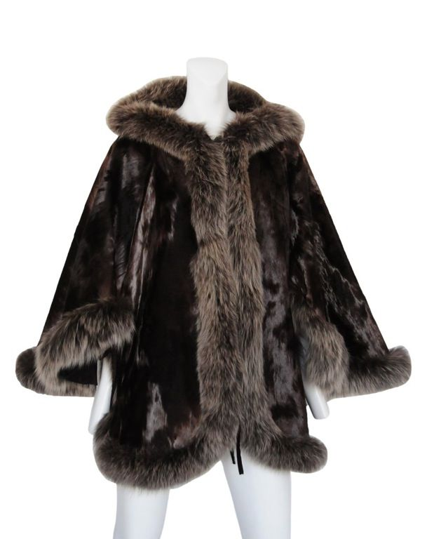 Fur Cape image 2
