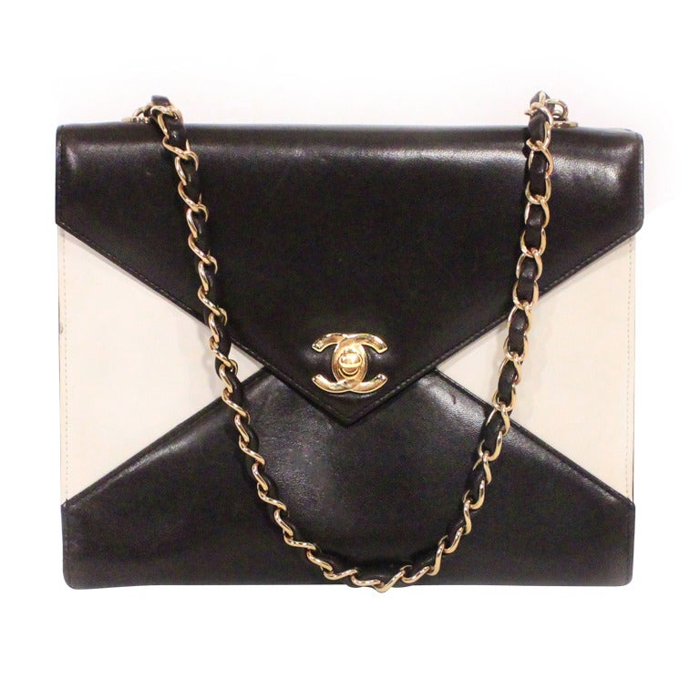 c613b57a928486 Chanel Black And White Purse   Stanford Center for Opportunity ...