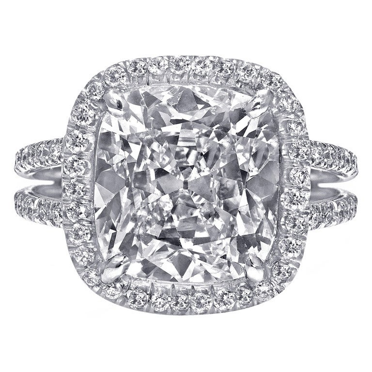 Cushion Cut 5 64 carat Diamond Halo Engagement Ring For Sale at 1stdibs