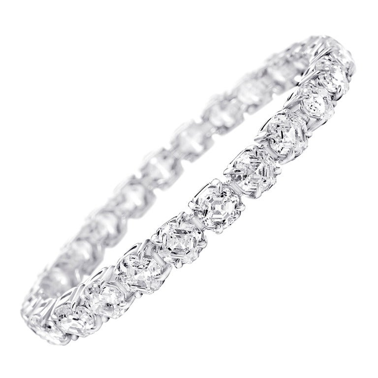 1 Carat Each Diamond Tennis Bracelet For Sale