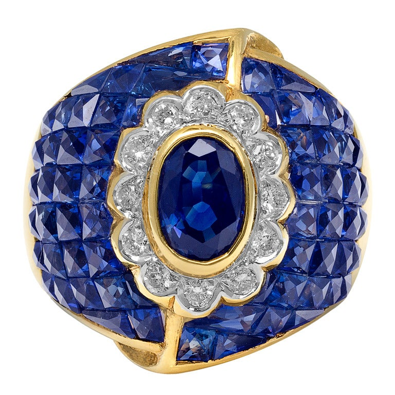 Sapphire and Diamond Ring For Sale