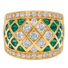 Amazing Emerald and Diamond Ring