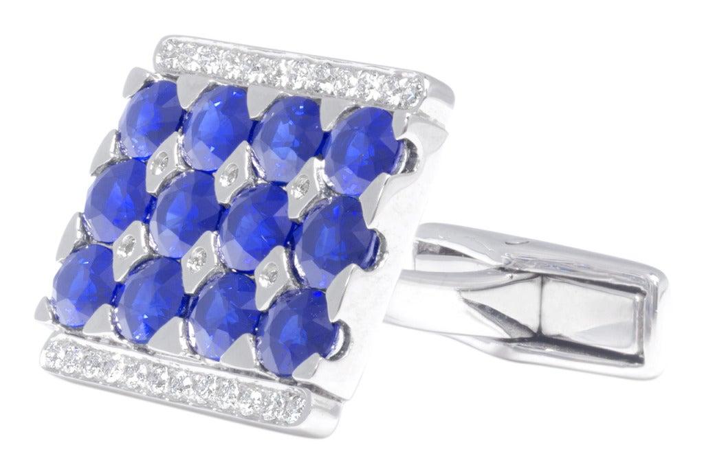 Great rectangular Cufflinks, 7.55 carat sapphire & round-cut diamonds. Set in 18k white gold.