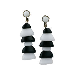 Miriam Haskell Black and White Pagoda earrings