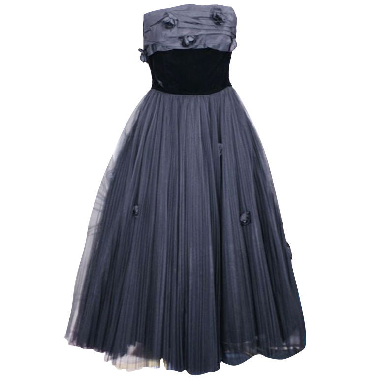 Jacques Fath  Pleated Tulle and Taffeta Rose Gown