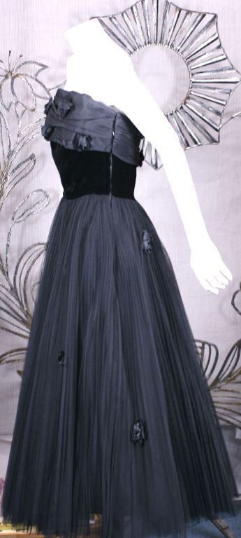Jacques Fath  Pleated Tulle and Taffeta Rose Gown 1