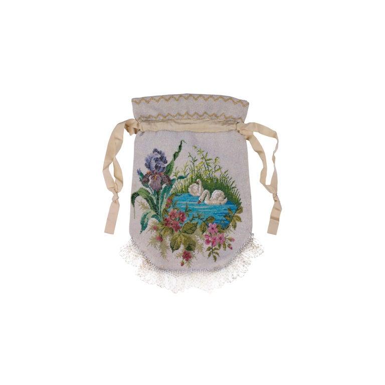 Victorian Microbead Figural Swan Bag For Sale