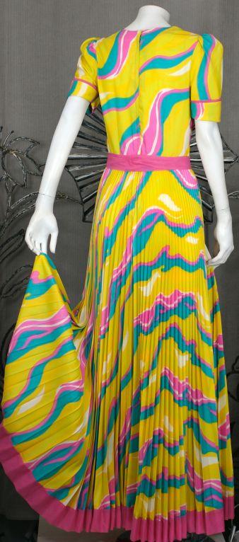 Yellow Sunburst Pleated 70s Dress For Sale