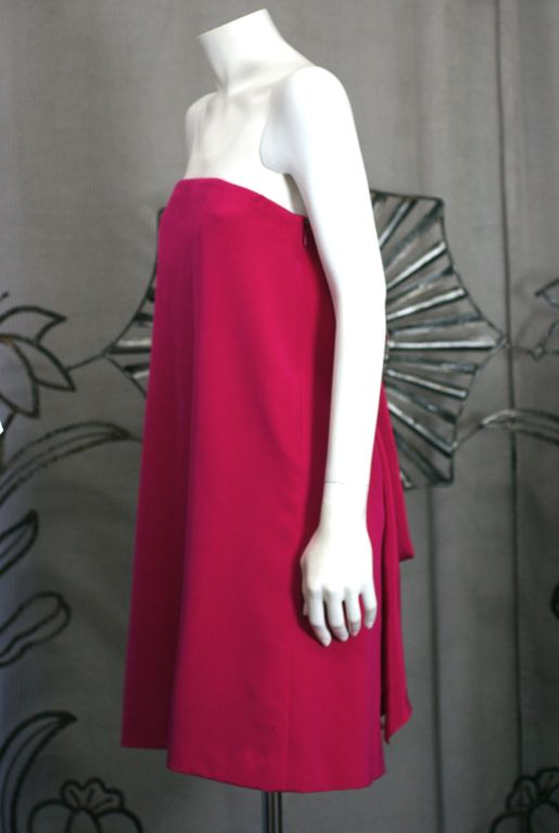 Red Anne Klein Strapless Back Bow Mini Dress For Sale