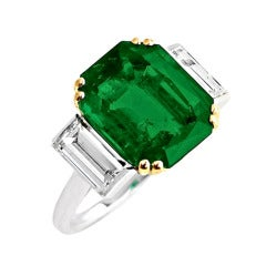 1940s Cartier Colombian No Oil Emerald Diamond Gold Three Stone Ring