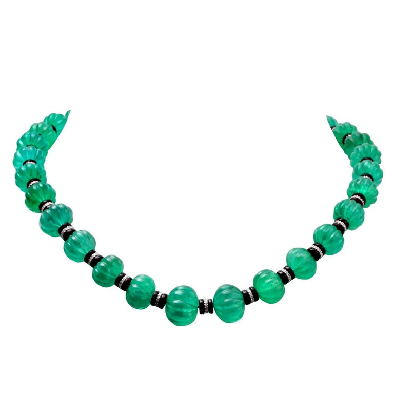 carved fluted emerald bead onyx rondelles necklace