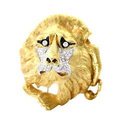 Gold and Diamond Lion Brooch
