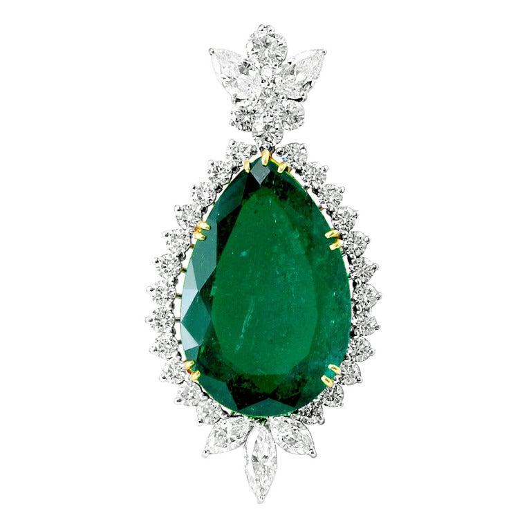 Impressive 41 Carat Colombian Emerald Diamond gold platinum Pendant