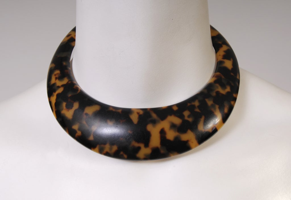 Faux Tortoise Necklace 3