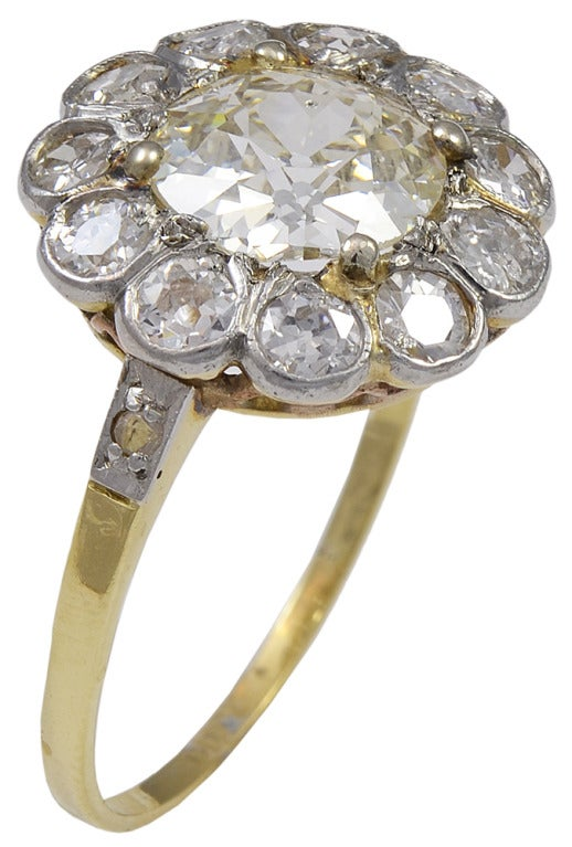 Victorian Old Mine Cut Diamond Gold Ring In Excellent Condition For Sale In Washington, DC