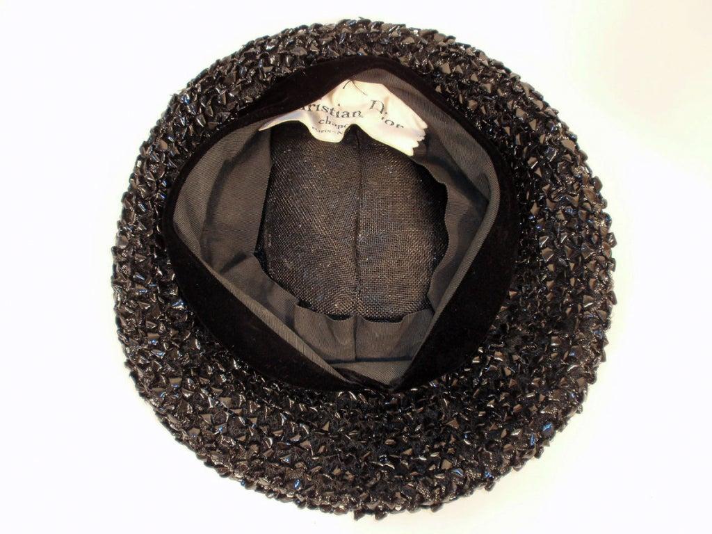 Christian Dior Chapeaux Black Woven Straw Beret w/ Velvet Band 22cm For Sale 2