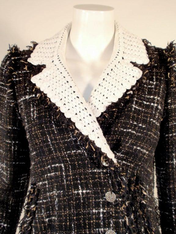 Chanel Black Boucle Wool Jacket w/ White Fleck Plaid 6