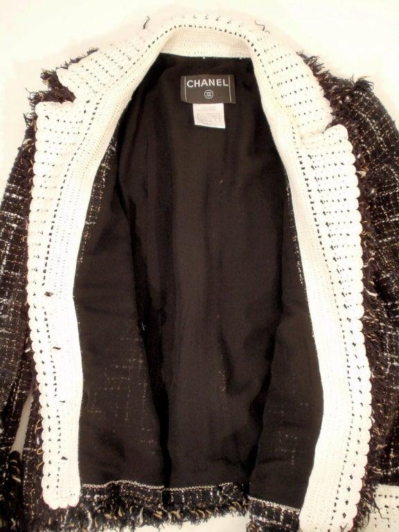 Chanel Black Boucle Wool Jacket w/ White Fleck Plaid 9