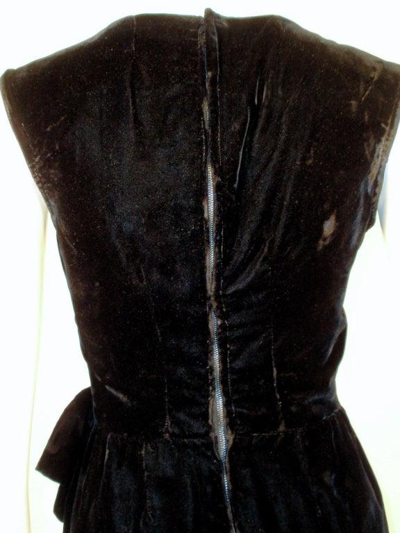 Christian dior haute couture black velvet cocktail dress for Dior haute couture dress price
