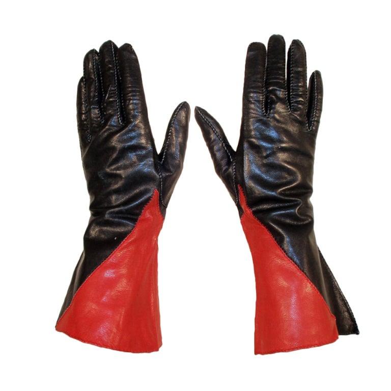 Vintage Red & Black Color Block Leather Gauntlet Gloves, c. 1980s Size 7 1